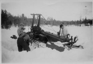 Plogning på Bösjön, Mats Jönsson Manne Jönsson och Karl Bälter. 1950-tal.
